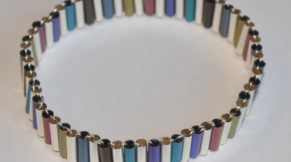 Niobium Tube Bangle crop £95.00